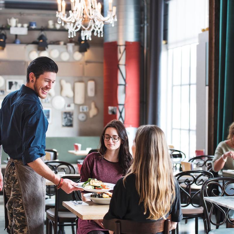 Lumière Cinema Restaurant Café Maastricht - Foto 1