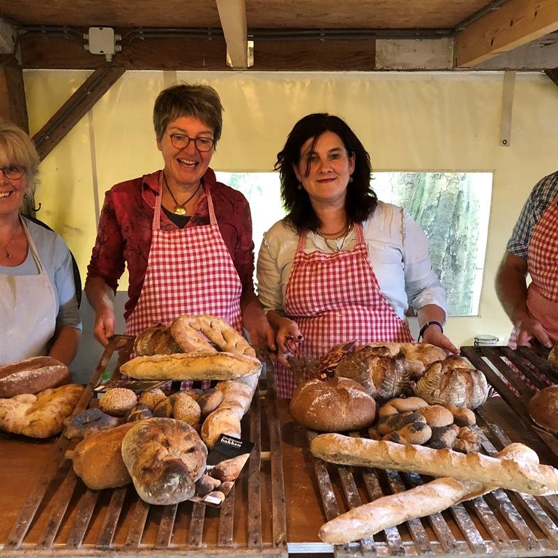 Workshops brood en Limburgse vlaai bakken - Foto 1