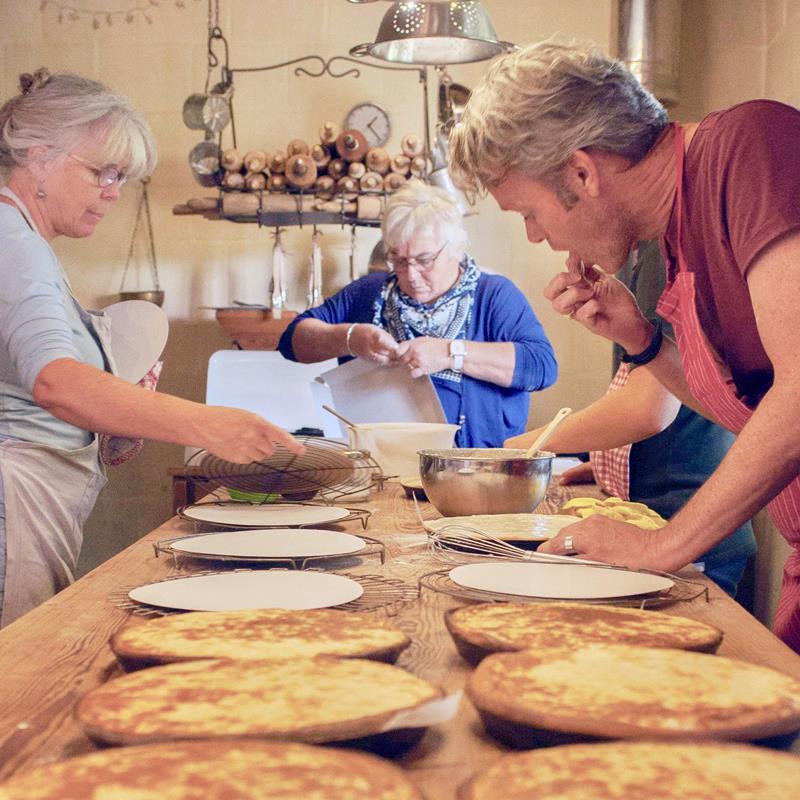 Workshops brood en Limburgse vlaai bakken - Foto 2