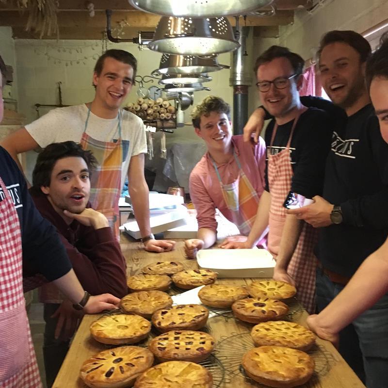 Workshops brood en Limburgse vlaai bakken - Foto 3
