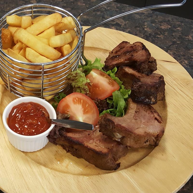 Restaurant en Partycentrum Le Montagnard - Foto 1