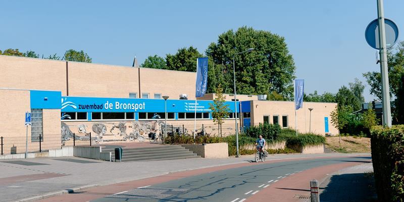 Zwembad de Bronspot - Foto 0