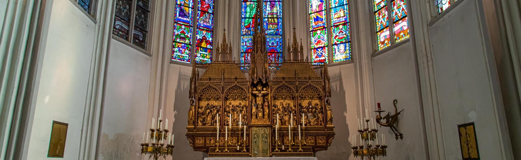 St. Petruskerk met fraaie schatkamer