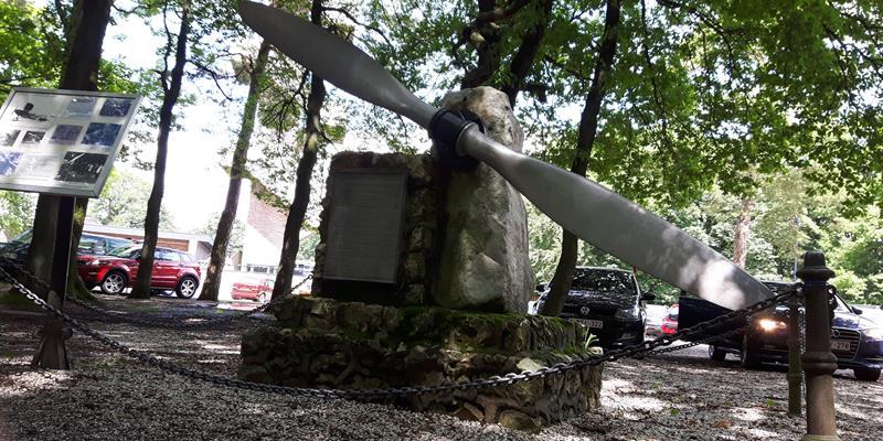 Het vliegermonument - Foto 0