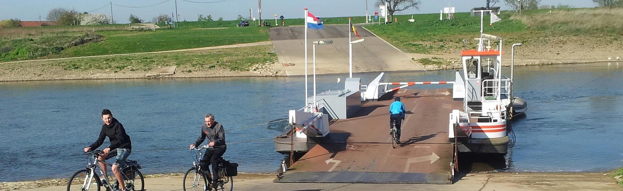 Voet- en fietsveer Hoal Euver II Berg (NL) – Meeswijk (BE)