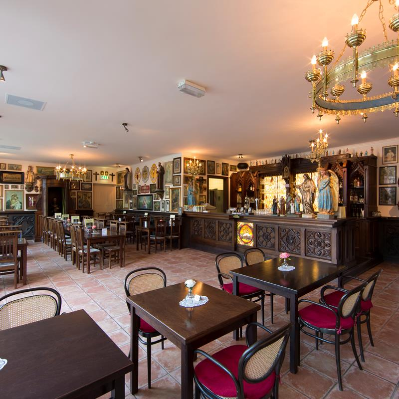 Café Restaurant De Zwarte Madonna - Foto 3